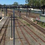 federal opposition has committed $400 million towards a north-south rail link to Badgerys Creek airport.