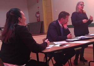 Lawyer Patrick Duffy chairing the residents' meeting at Buxton last Thursday.