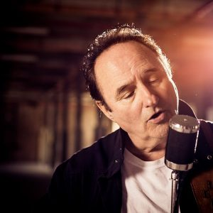 Music legend Lonnie Lee to pop in for a chat on local radio