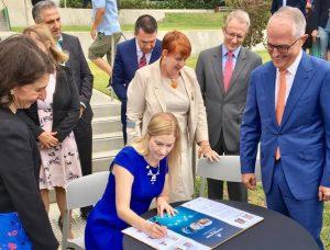 Mayor Lara Symkowiak signs the Western Sydney City Deal